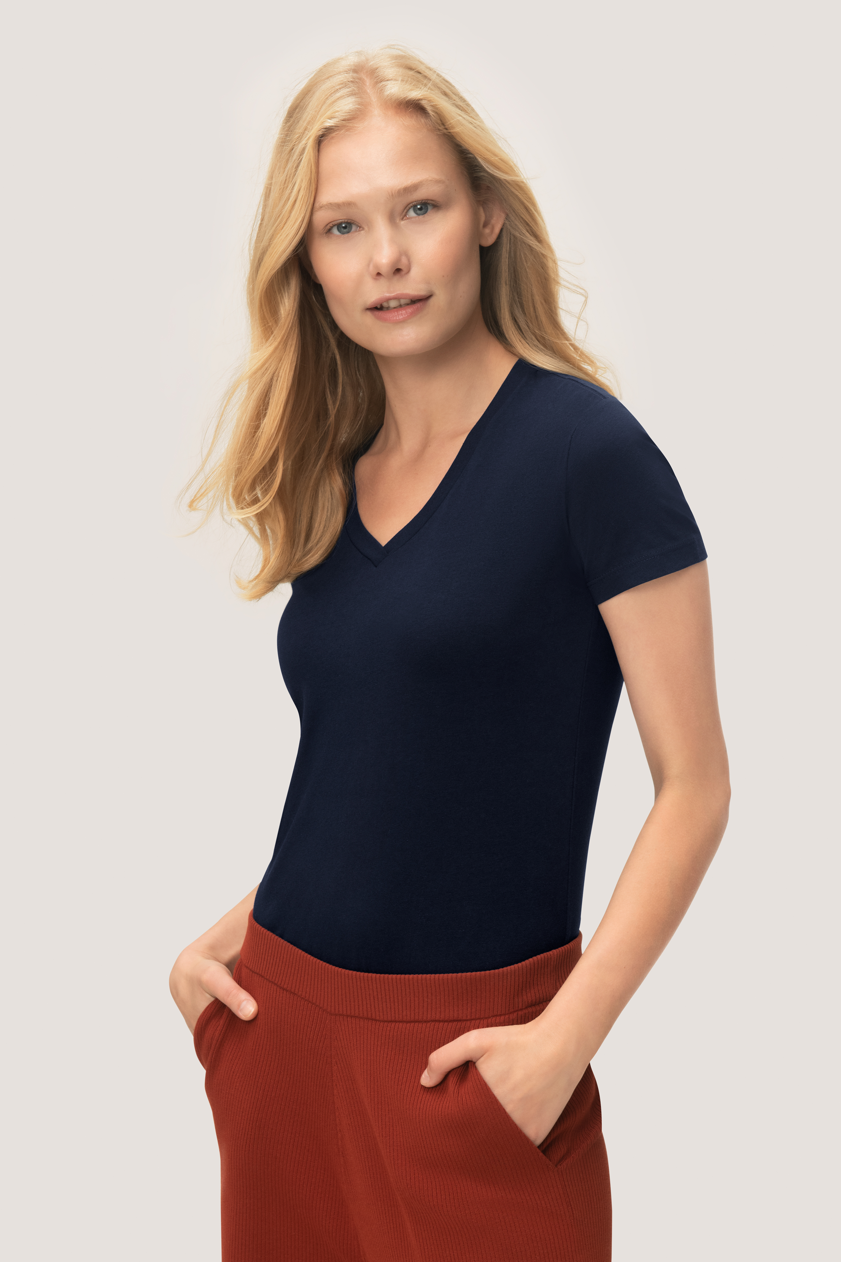 HAKRO Damen V-Shirt Stretch NO. 172
