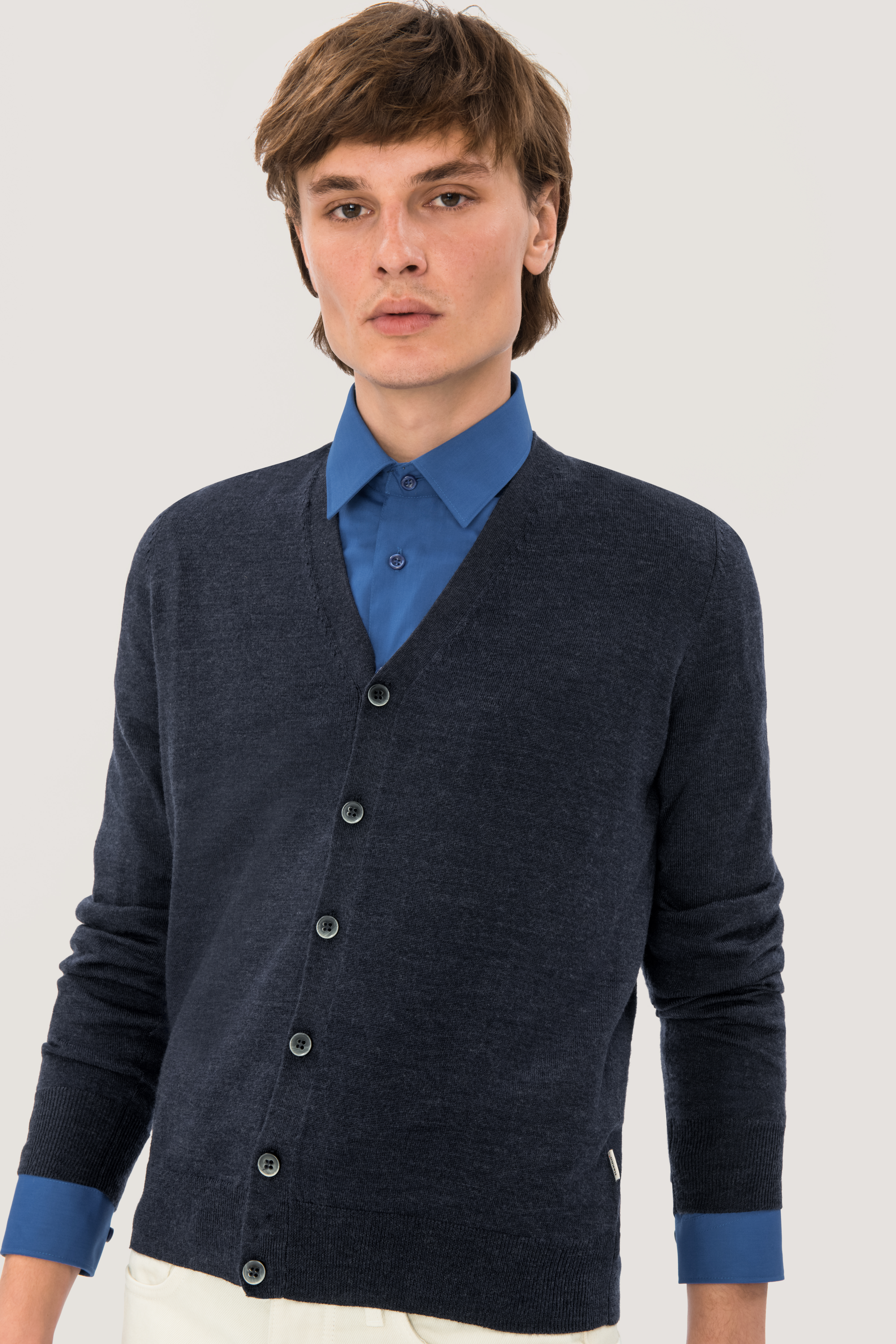 NO. 150 HAKRO Cardigan Merino-Wool